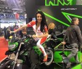 EICMA 2016 KRC MOTORS SCOOTER ELETTRICI MOTO ELETTRICA EVOLUZIONE OHLINS GIRLS RAGAZZA